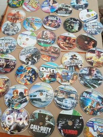 Cds for sale ! 2 rials grand sale xbox 360