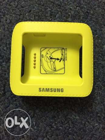 Samsung Gear Charger only 5 OMR