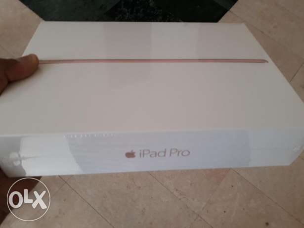 unwanted gift ipad pro rose gold brand new Sealed with Apple warranty