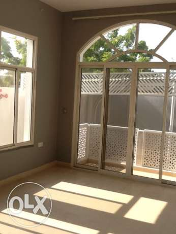 GREAT DEAL - Gorgeous Bright Villa with Sea View 5min from Intercon القرم -  3