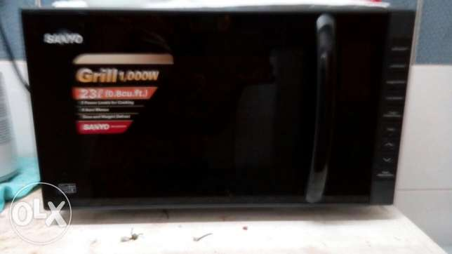 Sanyo microwave oven for sale روي -  3