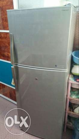 Sharp 300 ltr Refrigerator