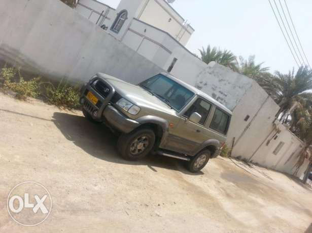 Hyundai Galloper - 4 wheel drive and very clean, everything is working العامرّات -  4