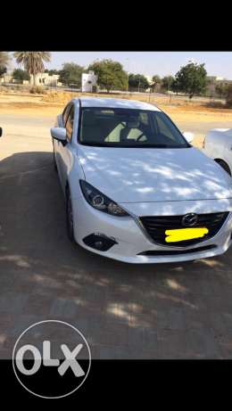 Mazda 3 pearl white full service history exchange 4*4