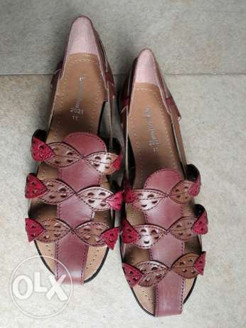 Pure leather ladies shoes السيب -  1