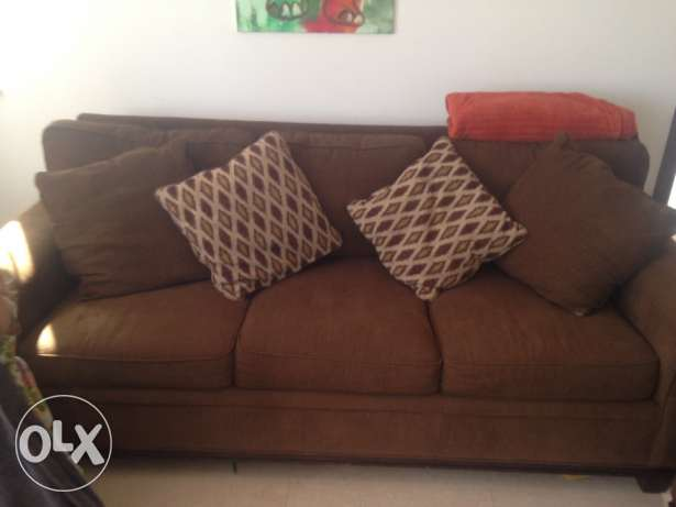 Beautiful rich chocolate brown 3 piece sofa couch 3+2+2 in lovely cond مسقط -  4
