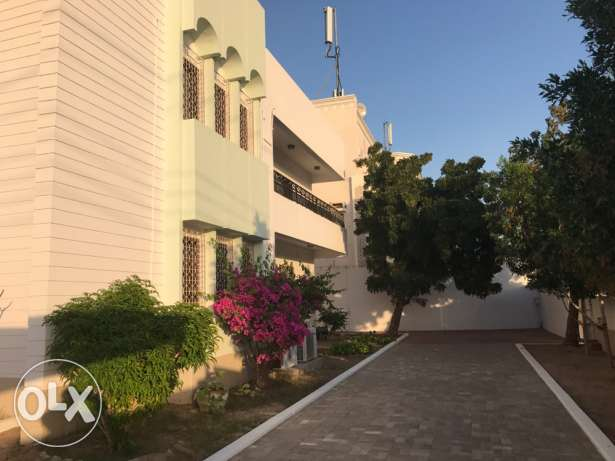 7 bedroom villa with 5 toilets with garden at Al khoudh - seeb
