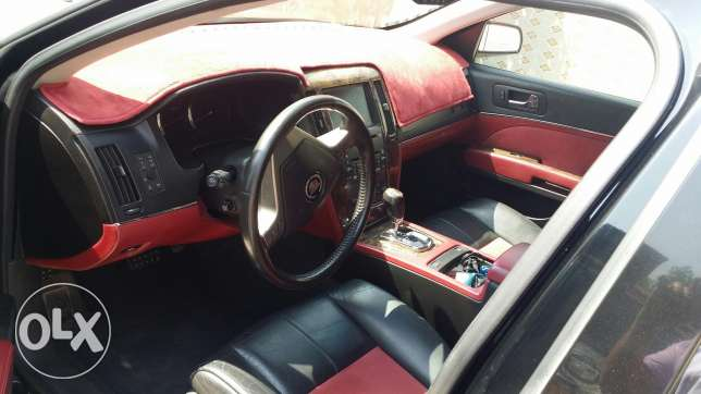 Cadillac STS v for sale or exchange السيب -  3