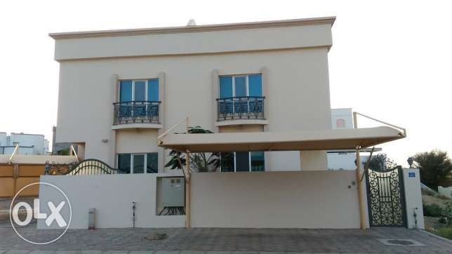 5BHK NEW Twín Villa FOR RENT in Al Khuwair near Supreme Committee pp42