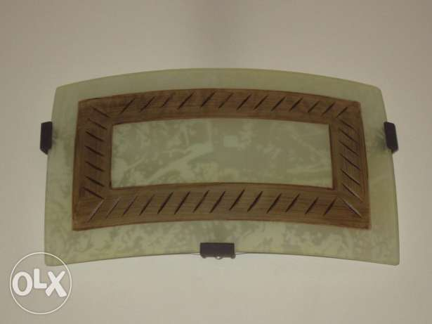 Set of beautiful and stylish wall lights for sale by a western female السيب -  1