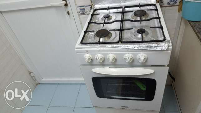 IGNIS Cooking Range in Good Condition مسقط -  2
