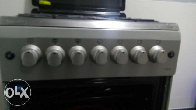 Supra japanese gas cooker with inbuilt oven. مسقط -  1