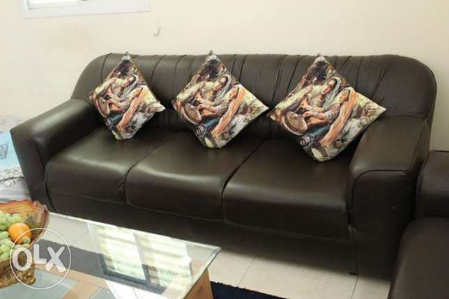 Sofa set (1seater x 2nos & 3seater x 1no) and centre table with carpet