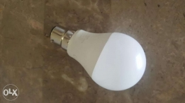 5 LED bulbs made by LAP