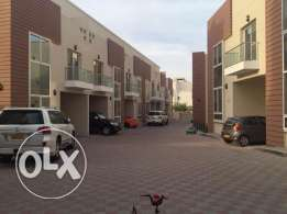 villa for rent in alozaiba inside complex near to 18 november street