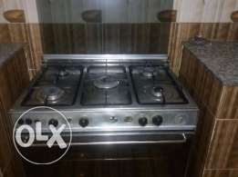 2 Kitchen Gas stove and oven