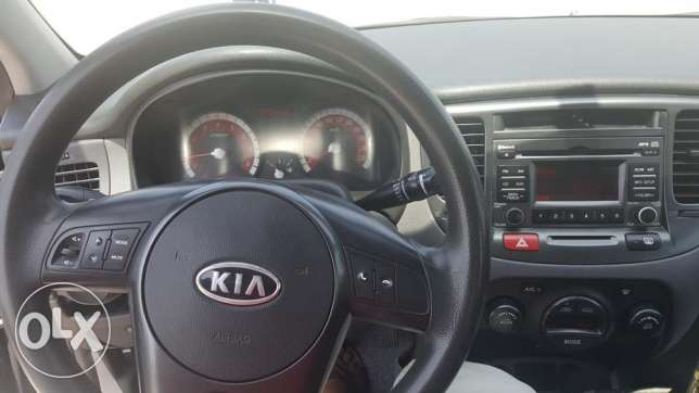 kia rio 2011 - top of the range edition -well maintained بوشر -  4