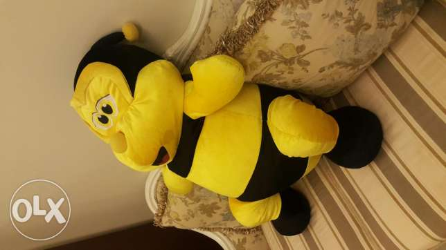 Very big plush soft bee toy
