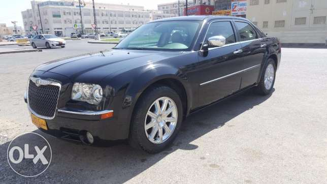 00Chrysler 300 Limited edition Full clean Car All Service from Company السيب -  1