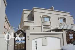for rent in al mawaleh south near to vegetable souk villa