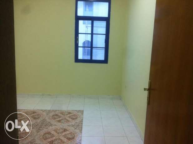 One Bedroom with separate bathroom sha. kitchen Rawasco Al Khuwair. مسقط -  5