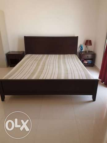 king size bed with mattress and side tables مسقط -  1
