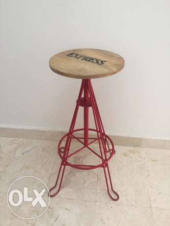 wooden top stool السيب -  1