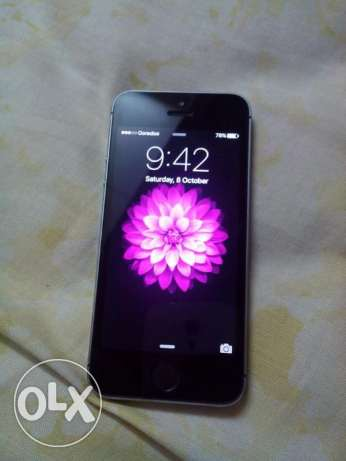 apple i phone 5s for sale good condition like new mobile صحار -  3