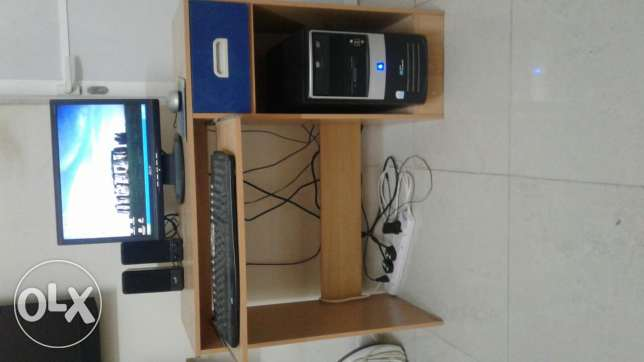 Desktop Computer with table