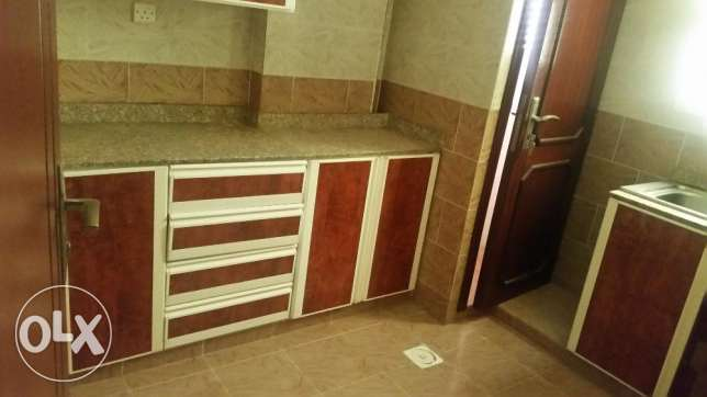 Nice Apartment For Rent in After LU LU Center Darsit مسقط -  2
