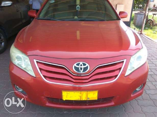 Expat Driven Toyota Camry in Mint Condition صحار -  4