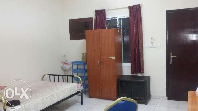 Room for rent.opp mars hypermarket.Alkhuwair.