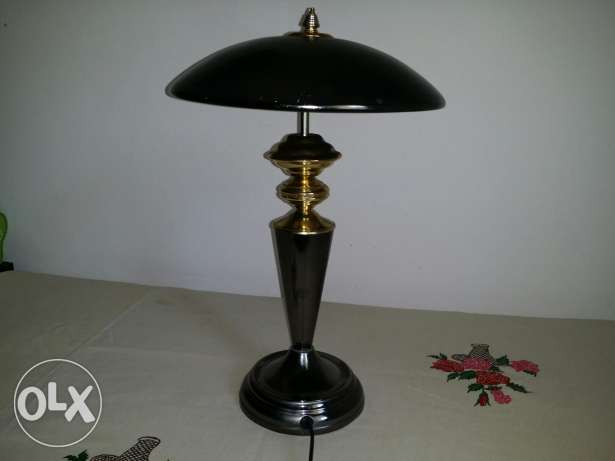 Table lamp for immediate sale بوشر -  2