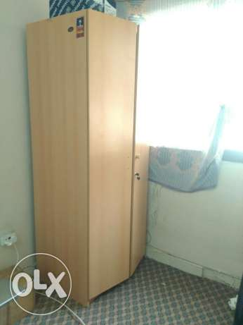 Bed and Cupboard For Sale in Ruwi