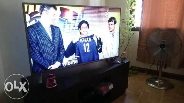 LG 47inch (119cm) smart television for sale