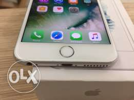 iphone 6S 64 gb silver with apple oman warranty clean