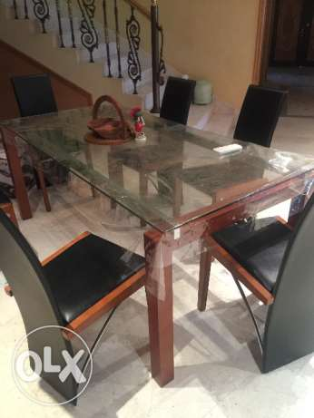 Open House:furniture for immediate sale Thursday and Friday 3-6pm مسقط -  5