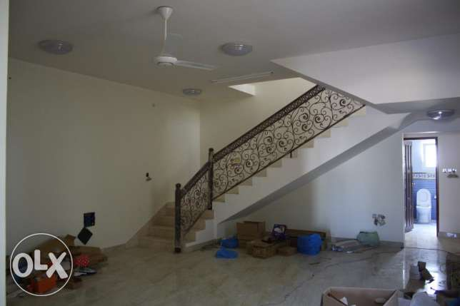 new villa for rent in al khod six near to univeersit مسقط -  3