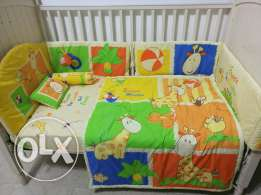 Junior's Baby Crib with bedding set
