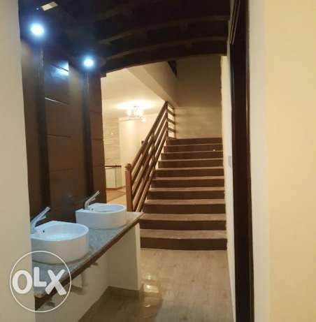 KA 015 Part of twin villa 5 BHK in south mawaleh for rent مسقط -  8