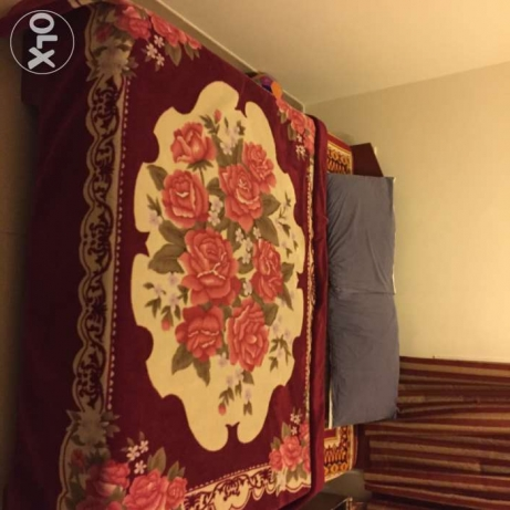 King size wooden bed with Mattress مسقط -  1