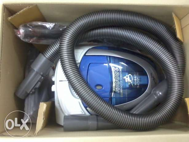 HITACHI 1800 watts vaccum cleaner New unused Thailand make مسقط -  2