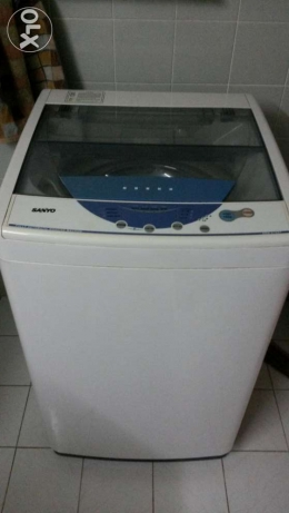 Sanyo fully automatic washing machine used for 3years..good working مسقط -  1