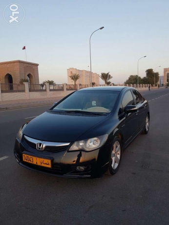 Civic 2009, first registration 2010 in very well condition مسقط -  1