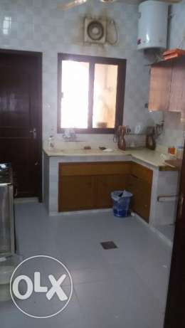 Nice 2 BHK Flat in Darsait Near to ISD مسقط -  6