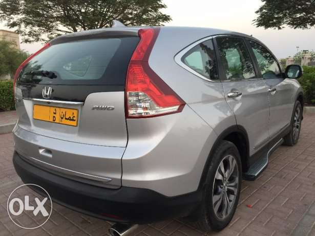 HONDA-CRV Full Option Expat Indian Lady Driven السيب -  5