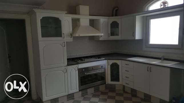 3bhk nice villa for rent in azaiba Near Al fair مسقط -  3