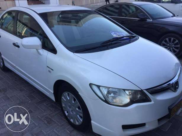 civic only 46000 driven مسقط -  6