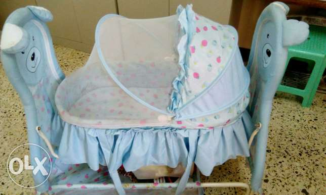 Baby items rarely used 15 for all مسقط -  1