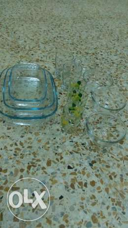 Microwave self bows and pots , glass مسقط -  1